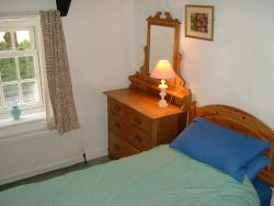 Photo of second bedroom